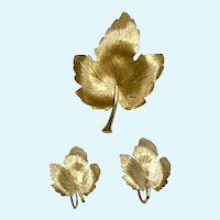 Krementz Gold-tone Leaf Pin & Matching Screw Back Earrings Set