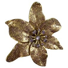 Gorgeous Christmas Poinsettia Purple Sparkle Glitter Gold-tone Pin Brooch