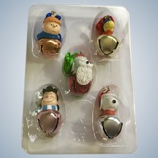 Snoopy Peanuts Characters Jingle Buddies Christmas Bell Decorations 5 Pieces NIB