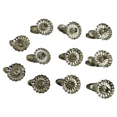Vintage Christmas Tree Candle Holders Metal Clip-On Pinecone Clips 11 Pieces