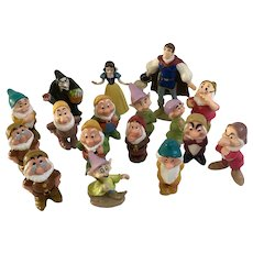 Walt Disney Snow White & The Seven Dwarfs Hard Rubber Toy Figures