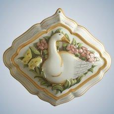1986 Le Cordon Bleu Goose Kitchen Mold Porcelain Pottery Wall Decor