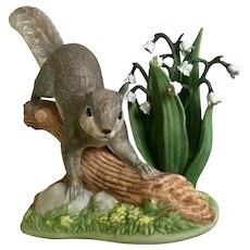 Lenox Friendly Frolic Gray Squirrel Animal figurine 2002