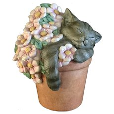 Lenox Pretty In Pink Kitty Cat Gray Sleeping in a Flower Pot Porcelain Figurine 2000