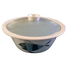 """Metlox Tropicana Fish 2 Qt Round Covered Casserole Dish 9"""" Extremely RARE Helen Mclntosh  Eames Atomic"""