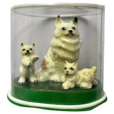 Persian Cat with Playful Kittens Bone China Miniatures Animal Family Shiken Japan