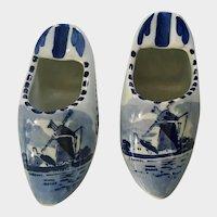 Delft Blue Dutch Shoes Ashtrays Windmills 4.25 Inch