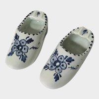 Delft Blue Dutch Shoes Ashtrays Floral 3 Inch