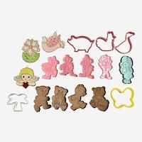 Wilton Bear & Clowns Children Boys & Girls Cookie Cutters 1990 17 Pc