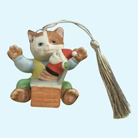 Bronson Collectibles Kitty Cat Christmas Ornament Playful Patrick Figurine