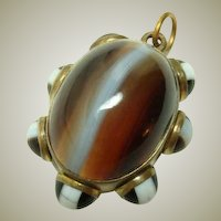 Excellent Antique Banded Agate Pendant Necklace