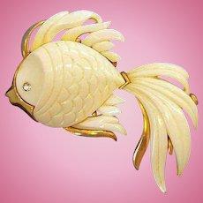 Vintage Monet Large 3-Dimensional Thermoset Plastic Angelfish Brooch