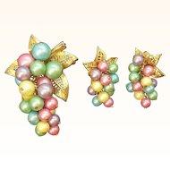 Vintage Parklane Pastel  Imitation Pearl Beaded Grape Cluster Dangle Brooch Set