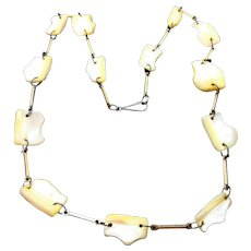 Vintage Mother of Pearl Abstract Shaped Nuggets Necklace