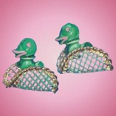 Vintage Dimensional Green Ducks  Sitting in Basket Scatter Pins