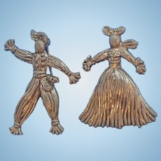Vintage Silvertone Metal  Scarecrow Figures Straw Man & Woman Scatter Pins