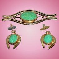 Vintage Goldtone Metal  Green Glass Cabochon  Brooch & Dangle Pierced Earring Set