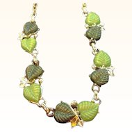 Vintage Green Thermoset Plastic Textured Leaf Cabochon Stone Necklace