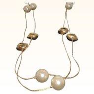Vintage Sleek Goldtone Necklace  Imitation Pearls & Goldtone Metal Beads