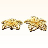 Vintage Trifari Textured Goldtone Metal Clip on Earrings