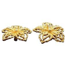 Vintage Trifari Textured Goldtone Metal Clip on Earrings