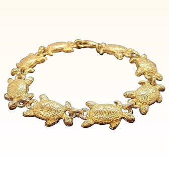 Vintage Textured Goldtone Metal Turtles Charm Bracelet