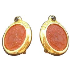 Vintage Cameo Style Goldtone Metal Clip on Earrings