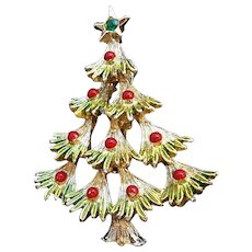 Vintage Goldtone Metal Enameled Christmas Tree Pin Signed Gerrys