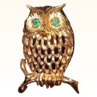 Vintage Napier Dimensional Textured Goldtone Metal Owl Pin