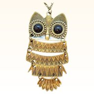 Vintage Dark Goldtone Articulated Owl Pendant Necklace