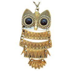Vintage Dark Goldtone Articulated Owl Pendant Necklace