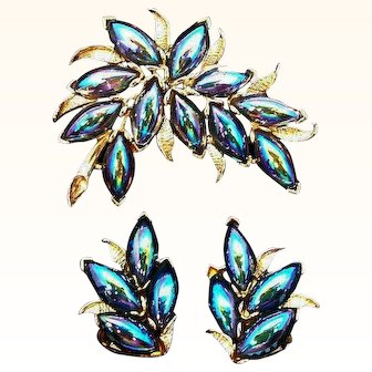 Vintage Kramer Peacock Blue Carnival Glass Stones Brooch and Clip On Earring Set