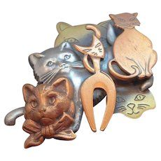 Vintage Layered Dimensional Tri-Color Cats Brooch
