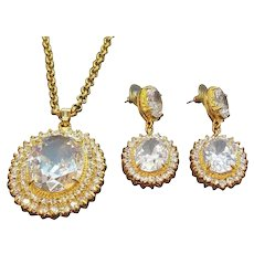 Vintage Large Goldtone Crystal Clear Rhinestone Pendant Necklace Dangle Pierced Earring Set