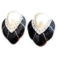 Vintage Imitation Pearl Rhinestones Black Enamel Clip on Earrings