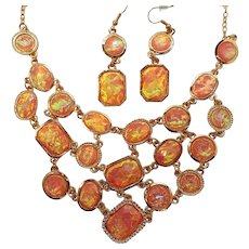 Vintage Fun Iridescent Coral Colored Lucite Cabs Necklace Dangle Pierced Ear Set