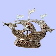 Vintage WFS Dimensional  Sterling Silver Filigree Spanish Galleon Ship Brooch