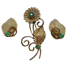 Vintage Textured Goldtone Green Rhinestone Flower Brooch Clip on Earring Set