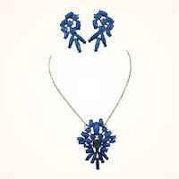 Vintage Holly Hill Blue Pendant Necklace Dangle Pierced Earrings Set