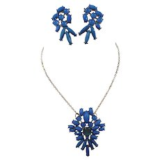 Vintage Holly Hill Blue Pendant Necklace Dangle Pierced Earrings Set