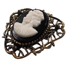 Black White Oval Cameo Triangular Goldtone Brooch