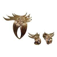 Avon of Belleville by Boucher Brushed Textured Goldtone  Brooch Clip on Earring Set