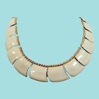 Vintage Butler Creme Enameled Goldtone Metal Rope Outline Necklace