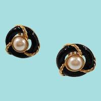 Anne Klein Large Dimensional Black Goldtone Imitation Pearl Clip On Earrings