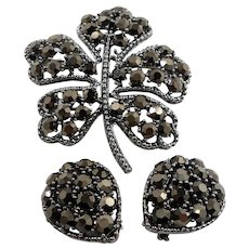Weiss Metallic Rhinestones Shamrock Leaf Brooch Clip on Earring Set