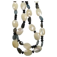 Mother Of Pearl Genuine Charcoal Grey Blue Stones Beaded Necklace.