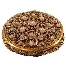 Ornate Round Imitation Pearls Rhinestone Goldtone Mesh Compact