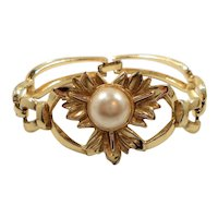 Goldtone Metal Imitation Pearl Flower Bracelet
