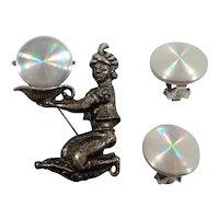 Jewelarama Dimensional Genie Magic Lamp Kneeling on Carpet Brooch Earring Set