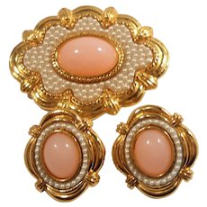 Avon Victorian Spring  Scalloped Pink Imitation Seed Pearls Brooch Pierced Earring Set 1988